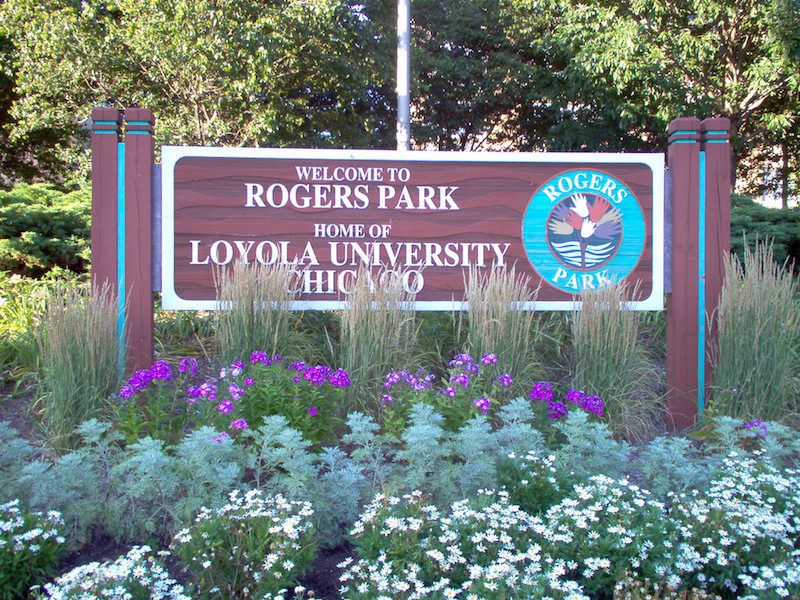 Welcome to Rogers Park Sign