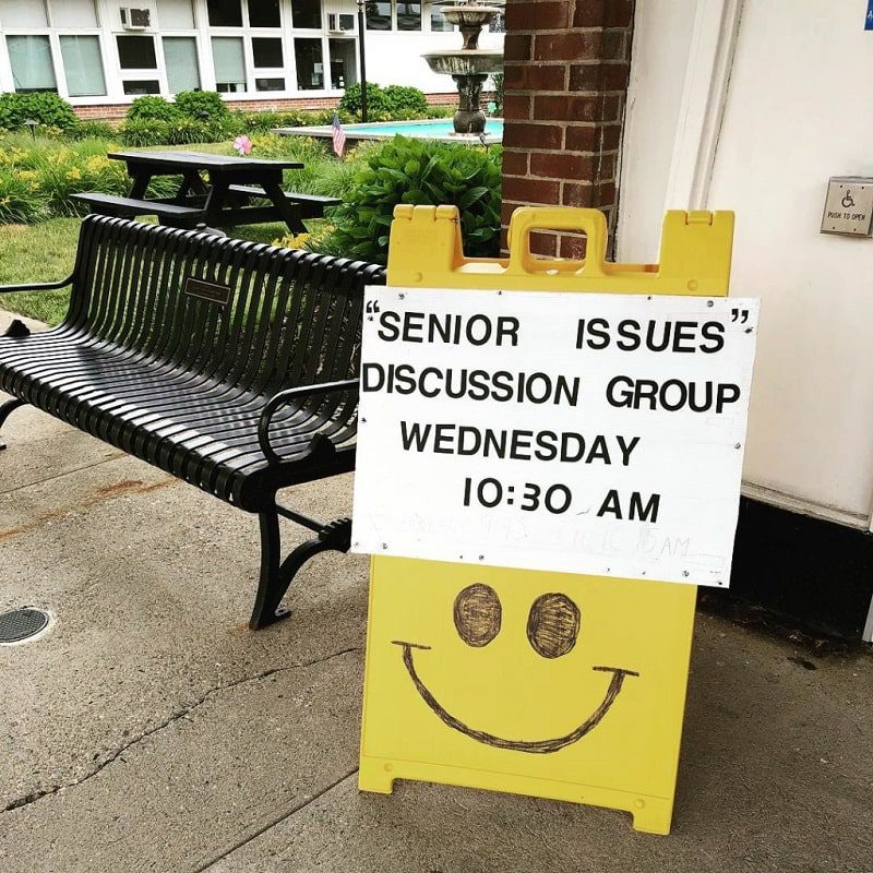Sign for Senior Issues Discussion Group Wednesday 10:30am